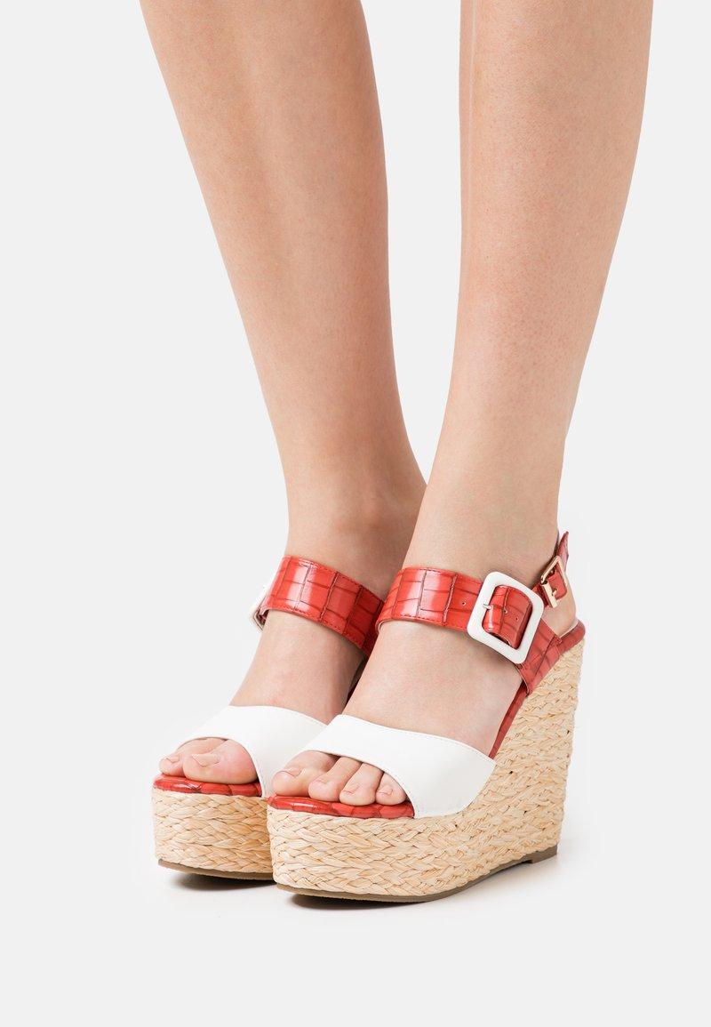 Laura Biagiotti - Platform sandals - coral