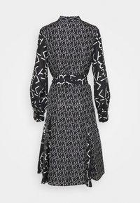 KARL LAGERFELD - FUTURE LOGO DRESS - Robe chemise - digital karl black - 8