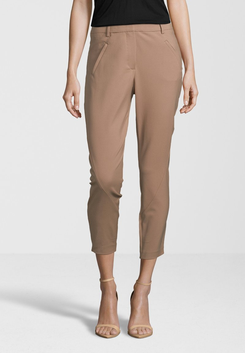 Fiveunits - ANGELIE ZIP - Trousers - fudge