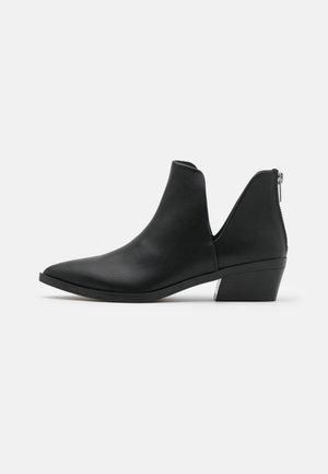 ZANDER - Ankelstøvler - black paris