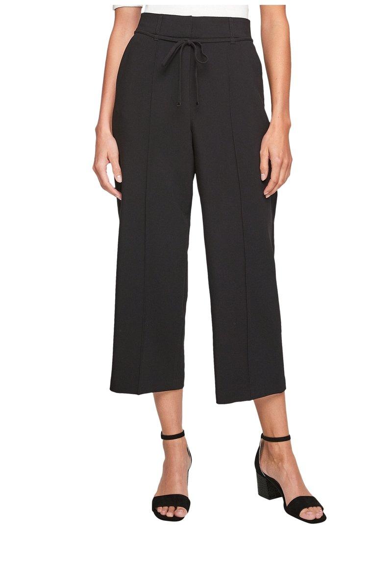 s.Oliver BLACK LABEL - REGULAR CULOTTE MIT ZIERNAHT - Trousers - black