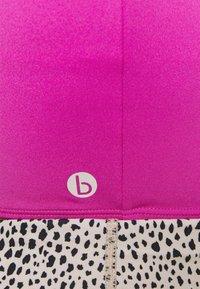 Cotton On Body - STRIKE A POSE YOGA VESTLETTE - Light support sports bra - magenta pop - 5