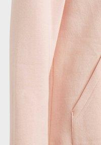 adidas Originals - ADICOLOR 3D TREFOIL HOODIE - Hoodie - pink - 5