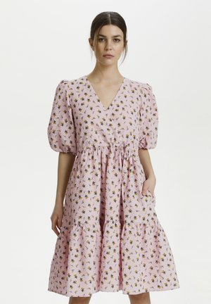 AVERY - Day dress - fragrant lilac/yellow tulip