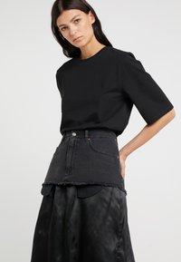 MM6 Maison Margiela - Áčková sukně - black - 3