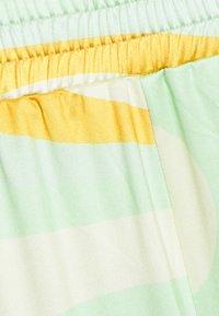 HOSBJERG - RILEY PANTS - Trousers - green - 5