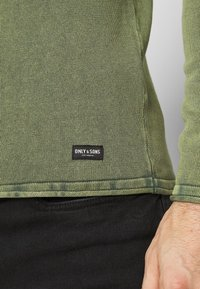 Only & Sons - ONSGARSON LIFE WASH CREW - Jumper - scarab - 5