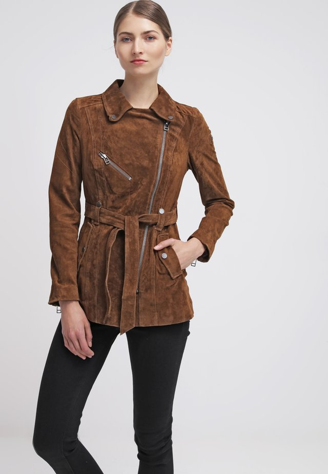 MODERN TIMES - Leather jacket - camel