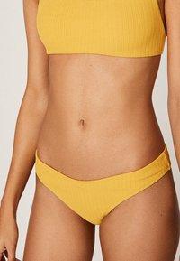 OYSHO - Bikini bottoms - yellow - 2