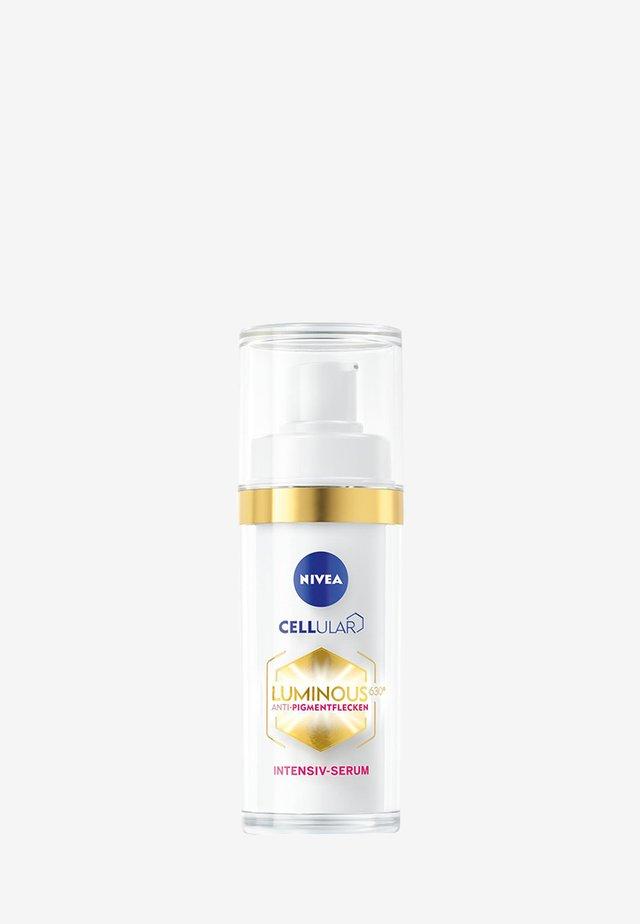 CELLULAR LUMINOUS630 ANTI-PIGMENT INTENSIVE SERUM - Serum - -