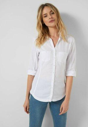 TAILLIERTES - Button-down blouse - weiß