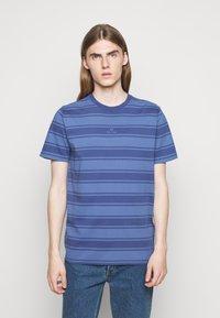 PS Paul Smith - Print T-shirt - bright blue - 0