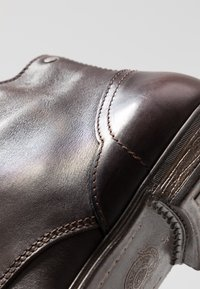 Sneaky Steve - DIRTY MID - Lace-up ankle boots - brown - 5