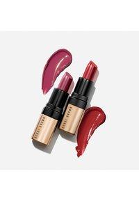 Bobbi Brown - MINI LUXE LIP COLOR DUO - Lip palette - hibiscus/parisian red - 2