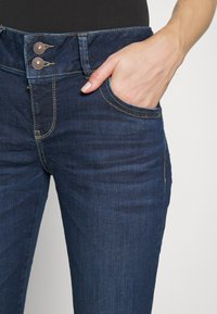 LTB - MOLLY - Slim fit jeans - sian - 5