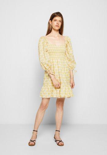 ROMINA MINI DRESS - Denní šaty - dahlee