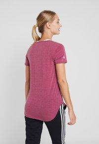 Cotton On Body - GYM  - T-Shirt basic - rose sangria - 2