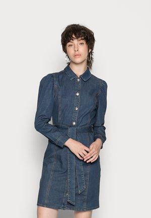 ONLRAMINA VOLOUME BEL DRESS - Denim dress - dark blue denim
