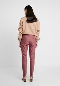 Mos Mosh - ABBEY PANT  - Trousers - wild plum - 2