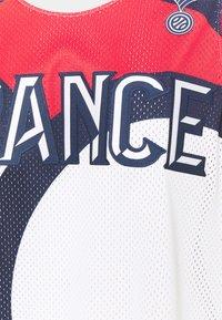 Jordan - FRANCE JUMPAN - T-shirt med print - white/college navy/university red - 6
