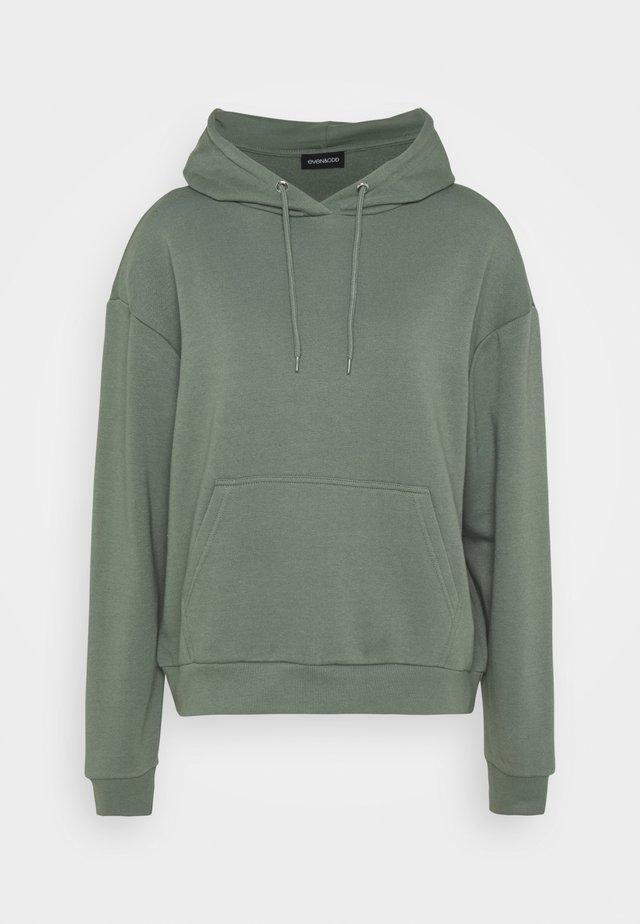 BASIC - Oversized hoodie with pocket - Hoodie - green