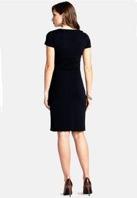 HotSquash - Shift dress - black - 1