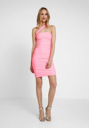 CIERA DRESS - Shift dress - pop pink