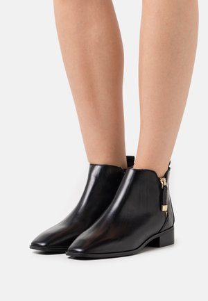 KAELLEFLEX - Classic ankle boots - black