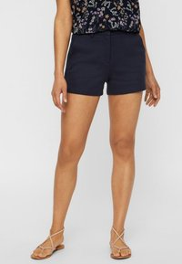 Vero Moda - Shorts - dark blue - 0