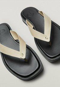Massimo Dutti - T-bar sandals - beige - 6