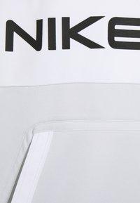 Nike Sportswear - Sweatshirt - photon dust - 2