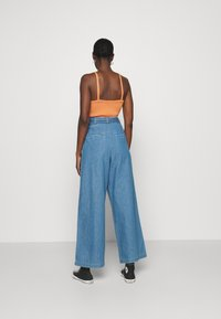 Denham - PALAZZO PANT  - Relaxed fit jeans - blue - 2