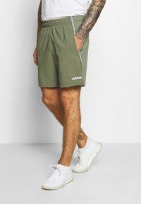 adidas Performance - MIX SHORT - Krótkie spodenki sportowe - green/white - 0