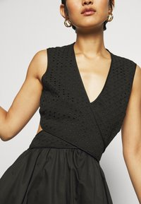 Who What Wear - CROSSOVER DRESS - Vestito estivo - black - 6