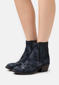 Kanna - Cowboy/biker ankle boot - dark blue - 0