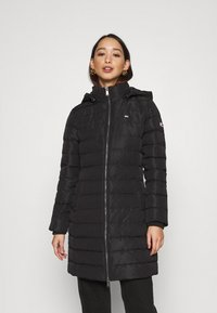Tommy Jeans - QUILTED COAT - Dunkåpe / -frakk - black - 0