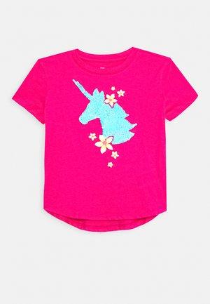 GIRL  - T-shirt print - sizzling fuchsia