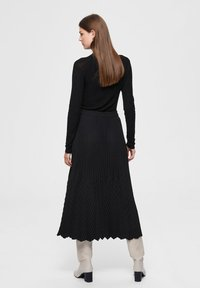 Selected Femme - A-line skirt - black - 2
