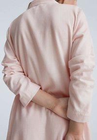 OYSHO - MIT STREIFEN - Nightie - pink - 4