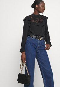 Wallis - RUFFLE - Long sleeved top - black - 5