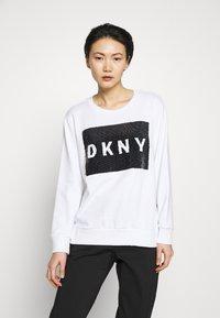 DKNY - EVERYDAY SEQUIN LOGO - Sweatshirts - white/black - 0