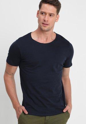 SLHLUKE O-NECK TEE - Basic T-shirt - navy blazer