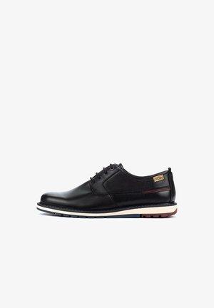 BERNA - Zapatos de vestir - black