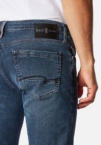 Mavi - JAMES - Jeans Skinny Fit - smoky blue ultra move - 4