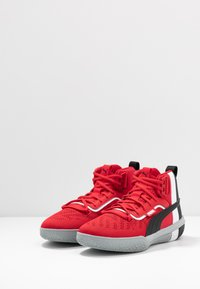 Puma - LEGACY MADNESS - Basketbalschoenen - red/black - 2