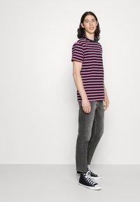 Tommy Jeans - DAD REGULAR - Straight leg jeans - denim - 3