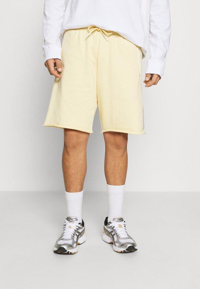SEASONAL FIT  CLASSIC FELPA  - Teplákové kalhoty - flax