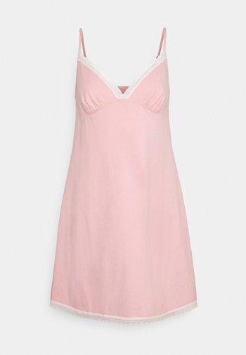 REST - Nightie - pink