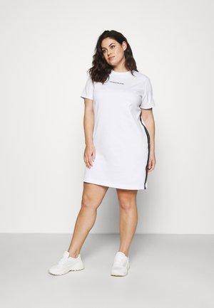 MILANO DRESS - Vestido ligero - bright white
