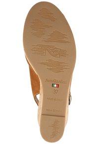 NeroGiardini - High heeled sandals - tabacco - 4